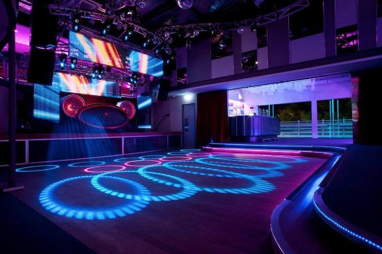 main-dance-floor